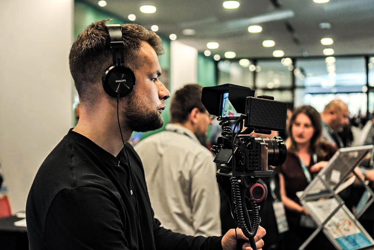 Filmowiec, kamerzysta, scenarzyta do Filmu Reklamowego